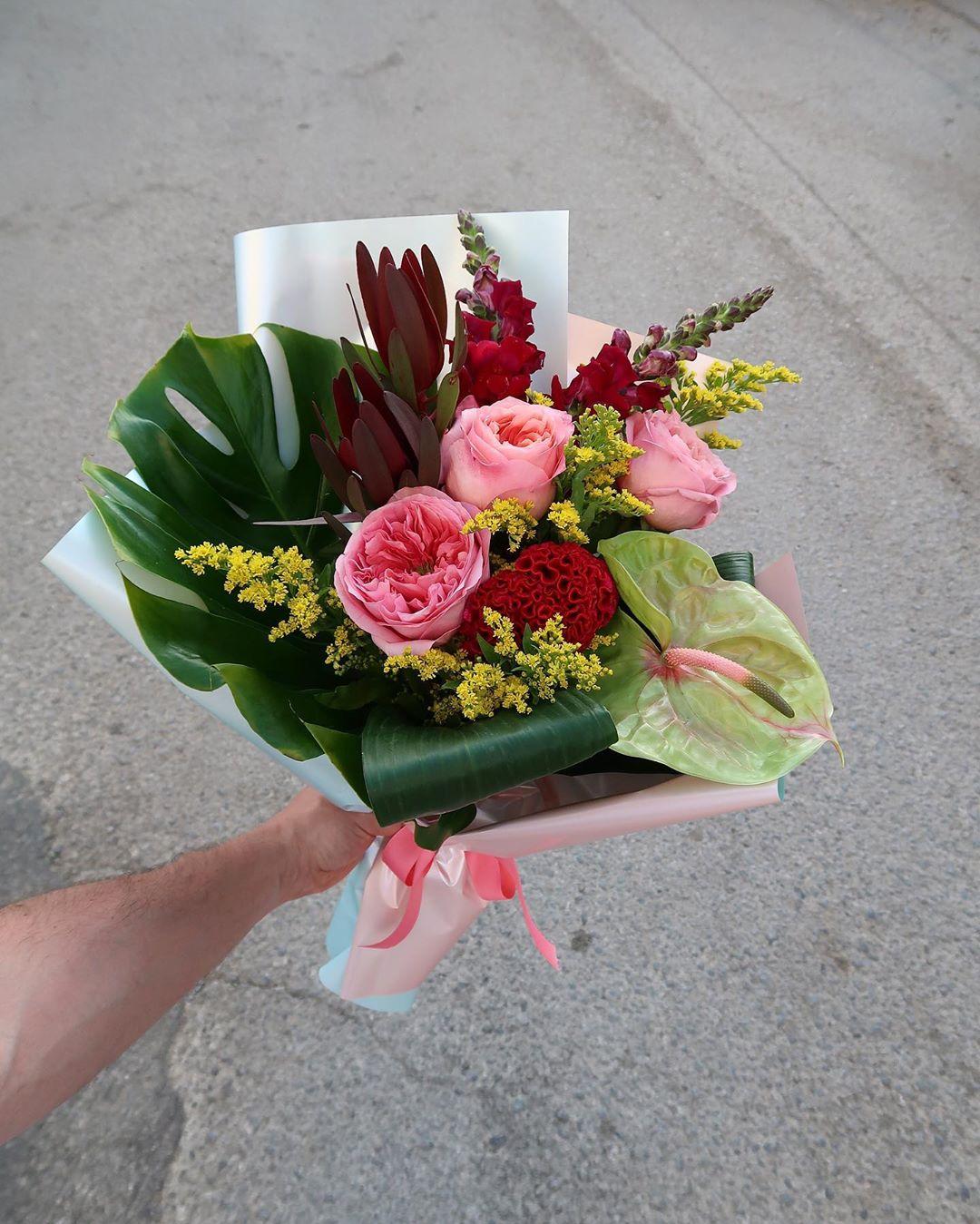 Заказ и доставка экзотических букетов в Ростове-на-Дону