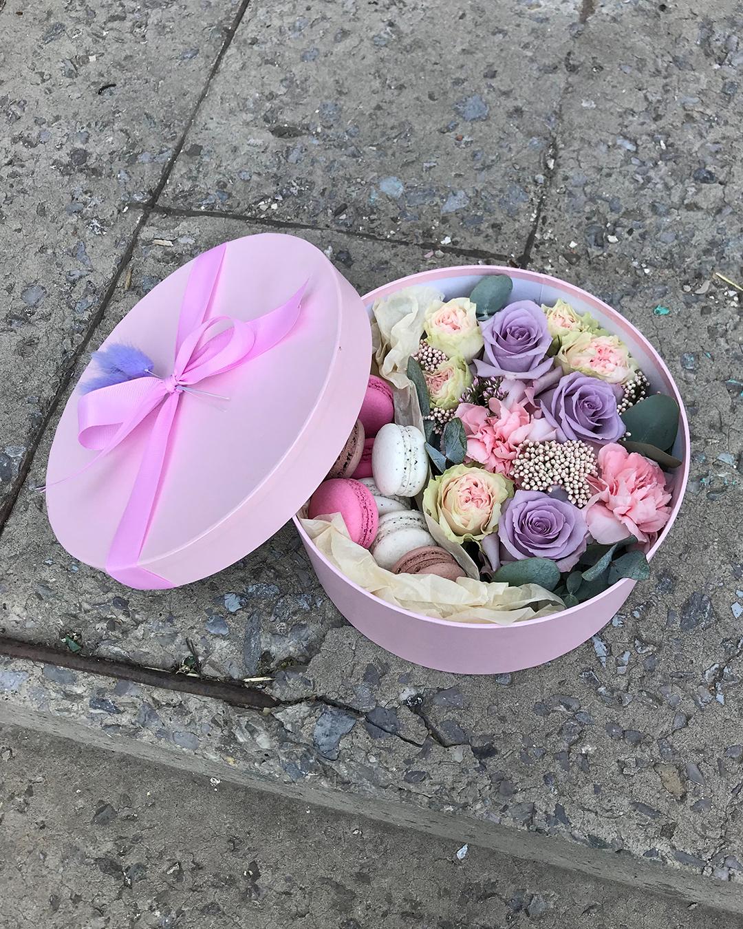 Заказ и доставка цветочных композиций в Ростов-на-Дону