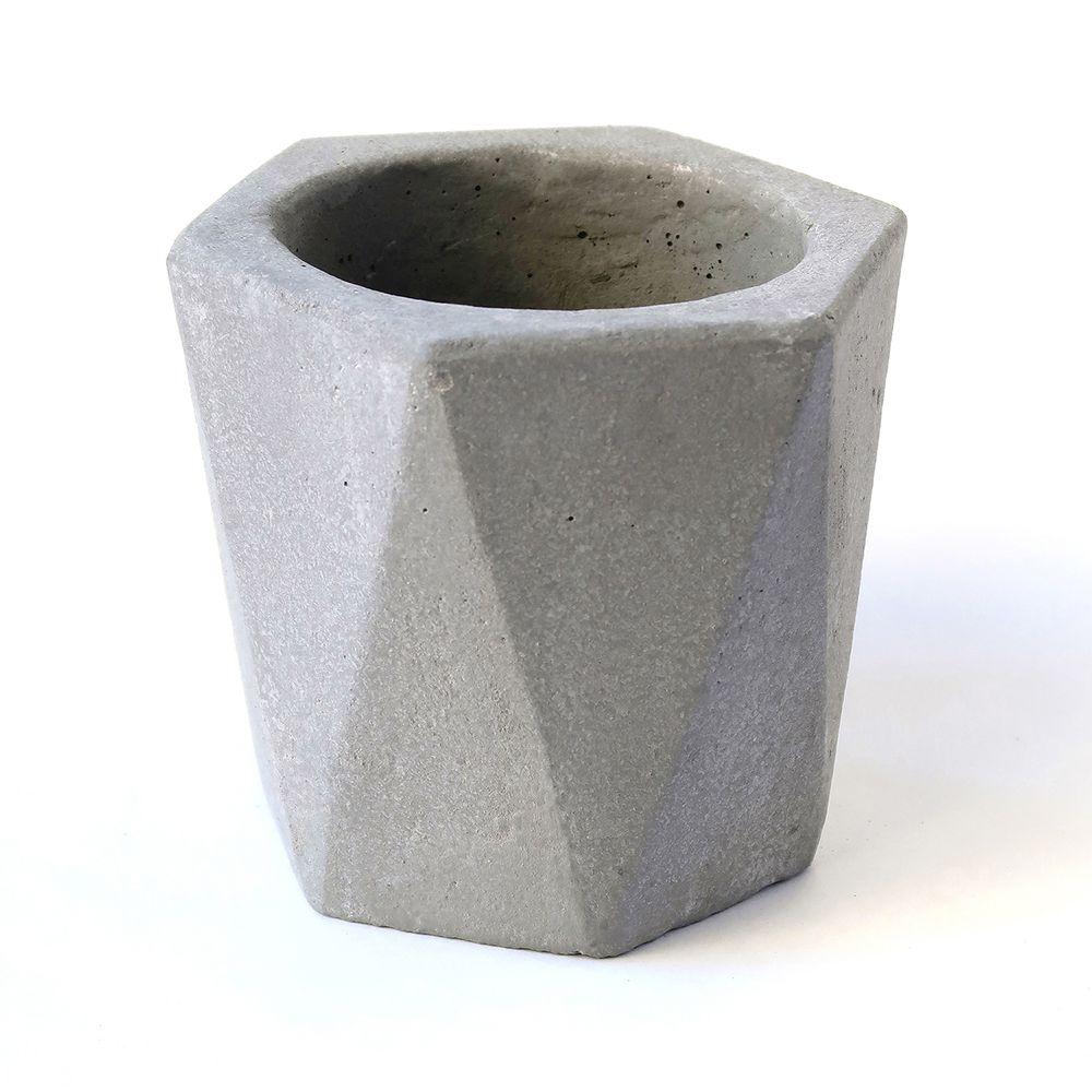 Cat_concrete
