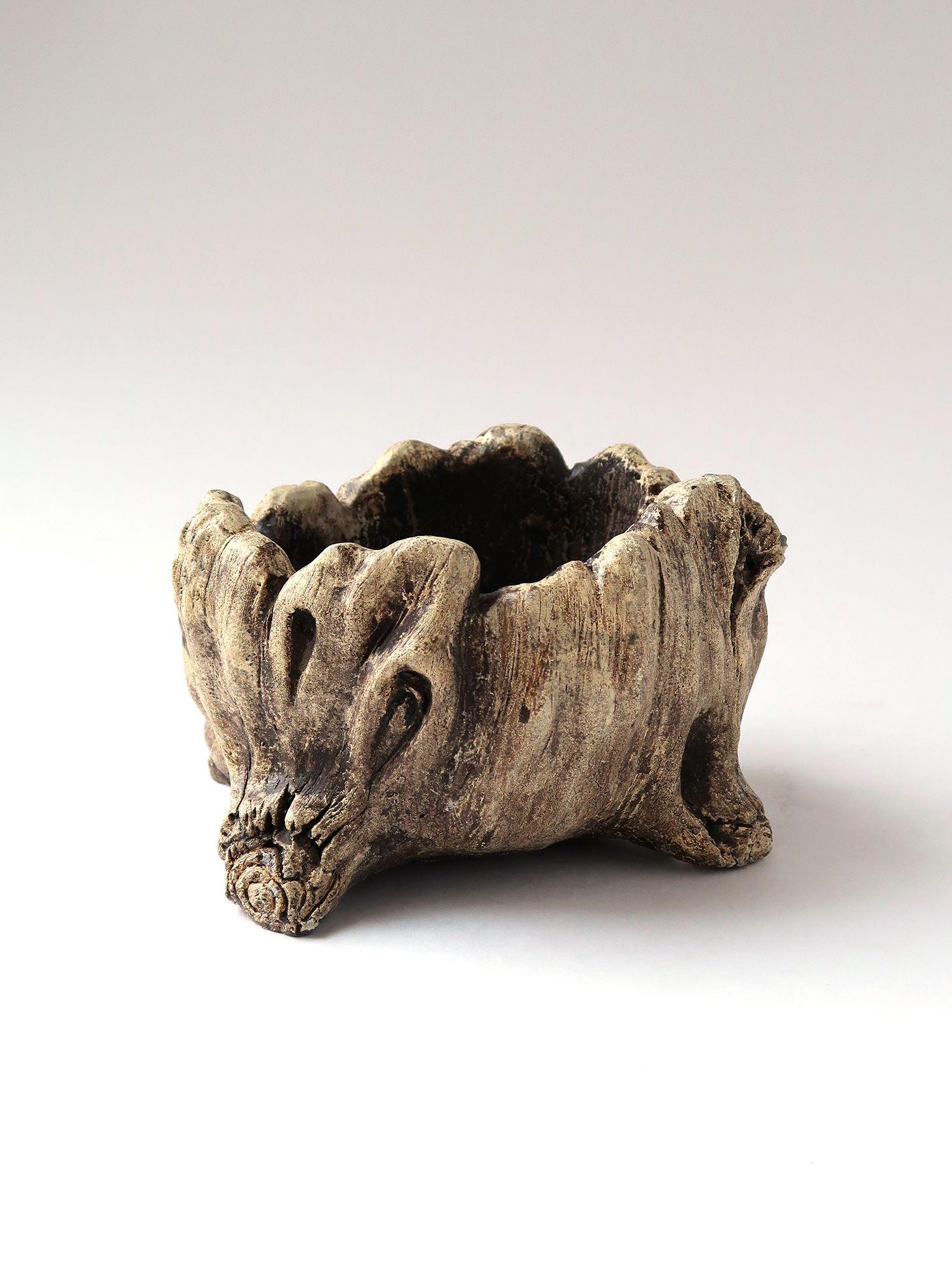 Керамическое кашпо, имитация дерева